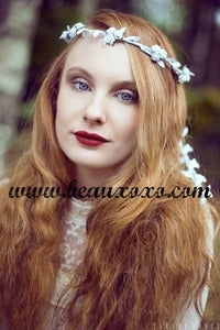 Image of White Floral Ivy Leaf Trim Festival Flower Hair Crown Hair Garland