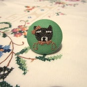 Image of 'Mia' hand embroidered brooch