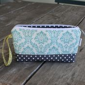 Image of wristlet clutch - turqouise damask 