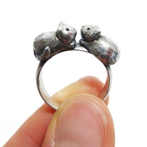 Image of Kissing Kittens Silver Ring