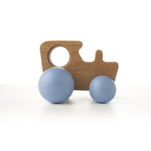 Image of Oak Tractor - Colours