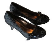 Image of Fishtail Pumps (Black)
