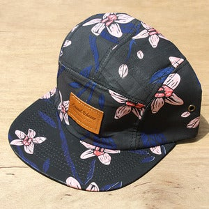Image of Grand Scheme- Tropical Floral 5 panel