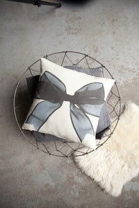 Image of Bow Cushion
