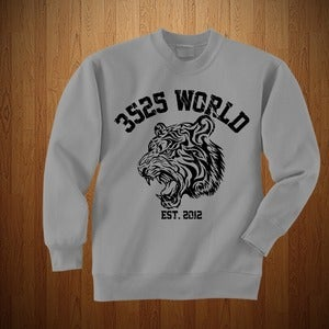"Image of 3525 WORLD ""CREWNECK"" GREY & BLACK"