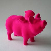 Flying flocked Pig