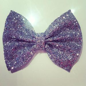 Image of Silver Glitter Bow