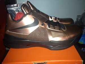 "Image of Nike Zoom KD IV ""cookie cutter"""
