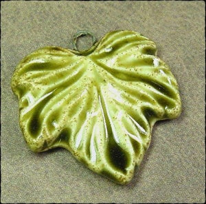 Image of Wavy Leaf Pendant