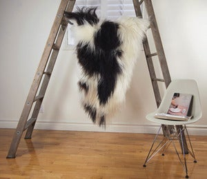 Image of Large Spotted Sheepskin SP-164