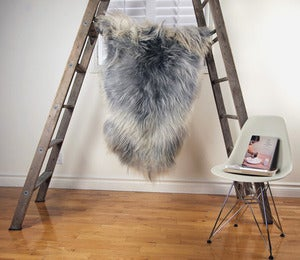 Image of Large Gray Sheepskin GR-244