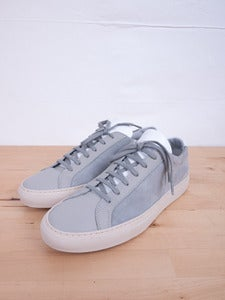 Image of Common Projects - Achilles Low Grey Suede Sneakers