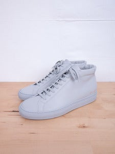 Image of Common Projects - Achilles Mid Grey Sneakers