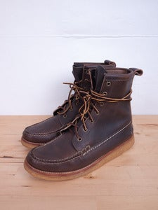 Image of Yuketen - Crepe Sole Pebble Grain Maine Guide Boot