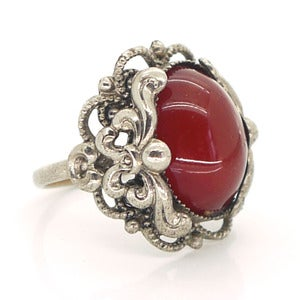 Image of Vintage Art Nouveau Style Carnelian Glass Floral Ornate Ring