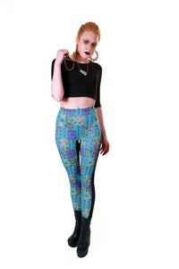 Image of REGAL FLOWER PRINT LEGGINGS