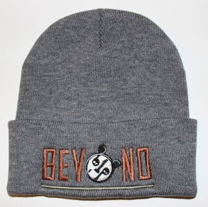 Image of Grey Beyond beanie (brown/olive)