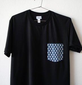 Image of STARS POCKET TEE (black)