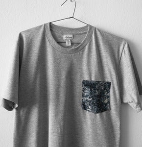 Image of MARBLE POCKET TEE (grey)