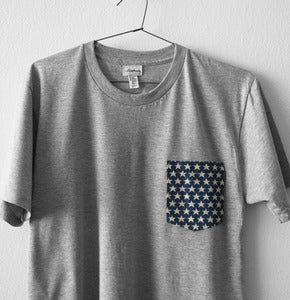 Image of STARS POCKET TEE  (grey)