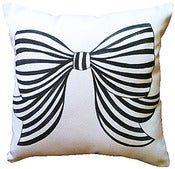 Image of Bow Petite Pillow