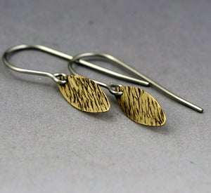 Image of Gold Tiny Petals Earrings - Grass Texture