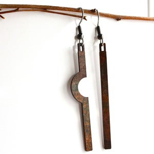 Image of Dangle Notch Earring