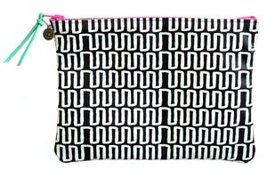 Image of Clutch- Black Leather with White Heart Beat 