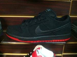 "Image of Nike Dunk SB low ""Levis"""