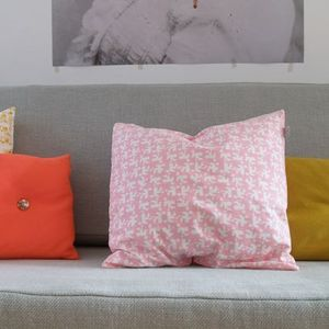 Image of Housse de coussin Tas-ka - Maisons rose