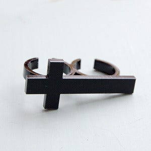Image of Black Double Finger Cross Ring