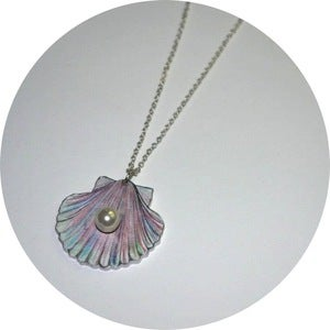 Image of Pearl Shell Necklace