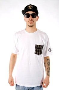 Image of GOLDEN APPLE POCKET TEE - WHITE