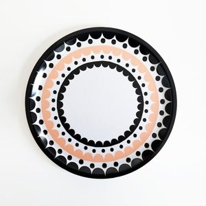 Image of Scallop Round Tray